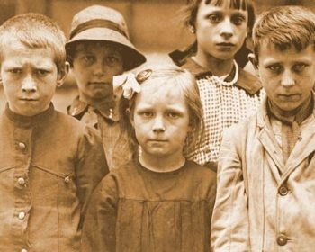 The war reflected in the faces ofWW1 Belgian refugee children.